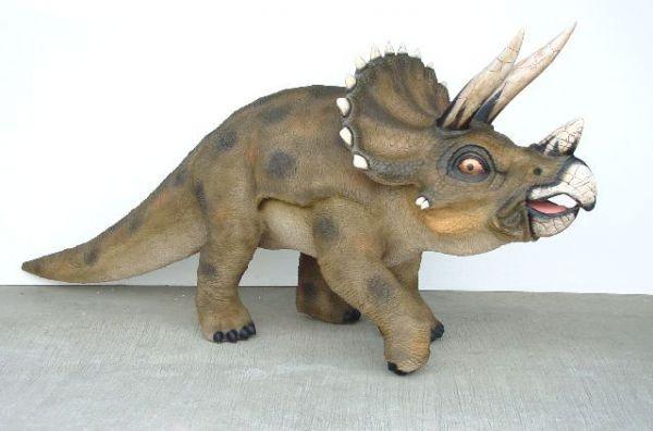 Saurier Triceratops klein