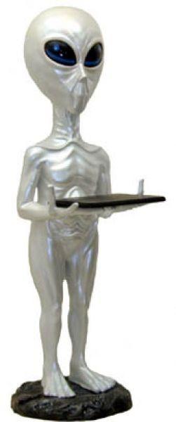 Alien mit Tablett