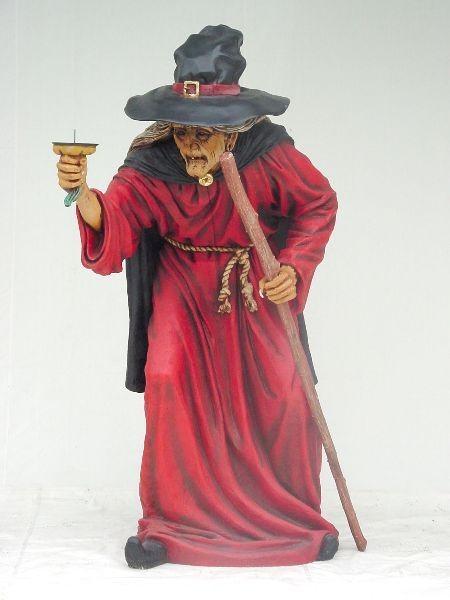 Hexe mit Kerzenhalter