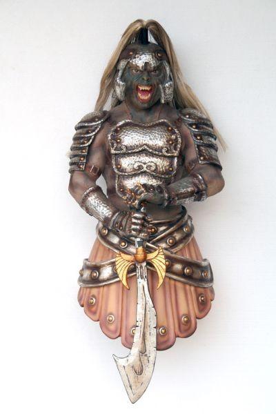 Dämonischer Krieger Wandbüste