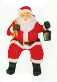sitzender weihnachtsmann mit laterne klein walt deko. Black Bedroom Furniture Sets. Home Design Ideas