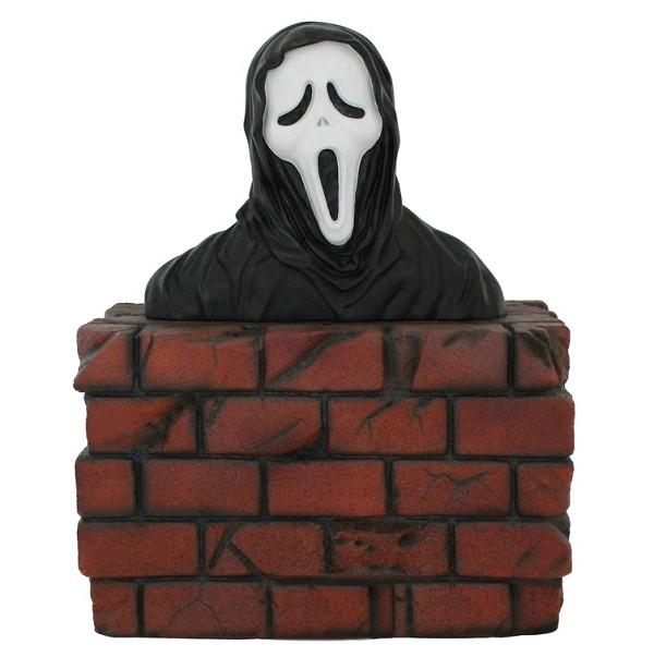 Monster Scream Büste auf Mauer