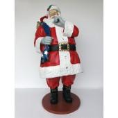 Großer Weihnachtsmann mit Sack voller Geschenken