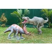 Dinosaurier Triceratops und Tyrannosaurus klein