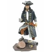 Pirat auf Kanone