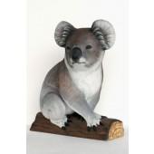 Koala Bär auf Stamm