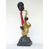 Moderner Saxophonist ohne Körper