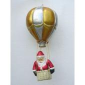 Weihnachtsmann im Ballon