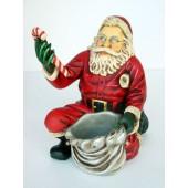 Weihnachtsmann kniend klein