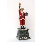 Weihnachtsmann als Freiheitsstatue klein