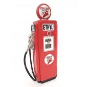 Ethyl Tankstelle als Schrank klein