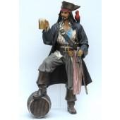 Pirat Captain Jack Sparrow mit Faß