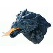 Feuerspuckender Drachenkopf