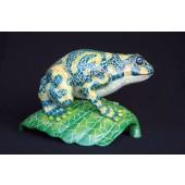 großer Frosch auf Blatt im Mosaikdesign