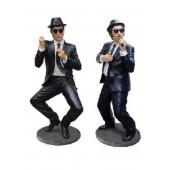 große Blues Brothers performen