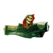 Totenkopf mit CD-Regal als Ziehharmonika