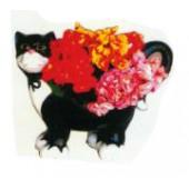 kleine süße Katze als Blumentopf