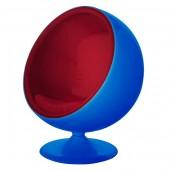 Kugelsessel blau mit roter Polsterung