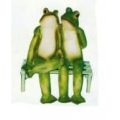 Froschpaar auf großer Bank