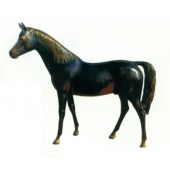 bronzefarbenes Pferd in Lebensgröße