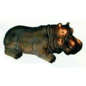 Nilpferd liegend im Wasser Hippo