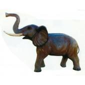 Elefant mit Rüssel oben