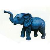 kleiner Elefant ohne Stoßzähne
