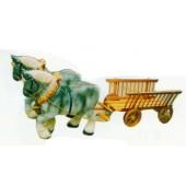 Arbeitspferde mit Holzwagen