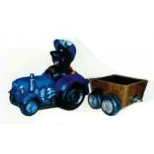Maulwurf mit Traktor und Anhänger