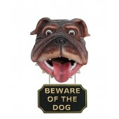 Hundekopf mit *Beware Of The Dog*Schild