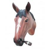 Pferdekopf mit Zigarre