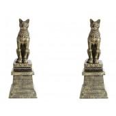 Pharaos Tempel Katzen auf Säulen