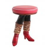 Rote Stiefel Hocker