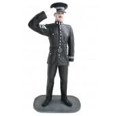 Britischer Polizist Salutierend