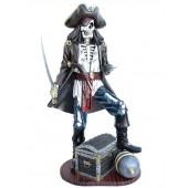 Piratenskelett auf Kanone mit Schatztruhe
