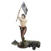 Piratenfrau mit Flagge und Kanone