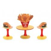 Hühnchen und Pommes Tisch mit Burgerstühlen