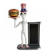 Alien amerika mit Burger auf Tablett und Angebotstafel 1