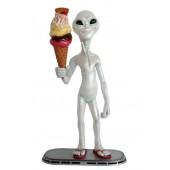 Alien mit Eis mit Waffel
