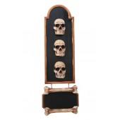 Totenkopftafel mit Angebotsschild