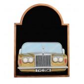 Angebotstafel mit Rolls Royce Gold