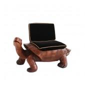 Schildkröte Sitz mit schwarzem Polster