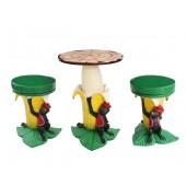 Bananentisch mit kleiner Fläche und Hockern