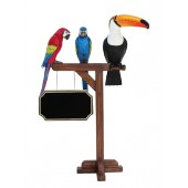 Vogel Tukan und 2 Papageien auf Holzständer mit Angebotsschild