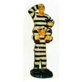 Dick und Doof Huckepack in gestreifter Häftlingskleidung