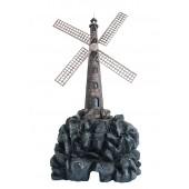 Windmühle auf großem Stein