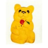Teddybär mit Apfel und Kind im Arm