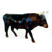großer Stier mit Hörnern