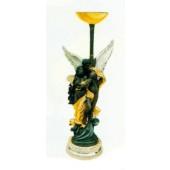 antike Stehlampe mit hübscher Plastik