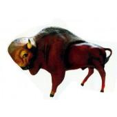 großer stehender Büffel